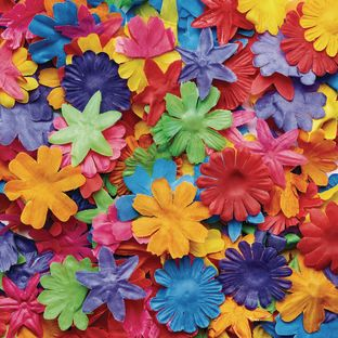 Colorations Colorful Fabric Flowers 300 Pieces