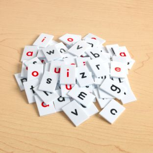 EZread™ Letter Tiles - 77 tiles