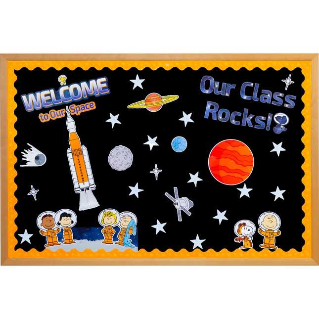Peanuts In Space Bulletin Board Decor Set