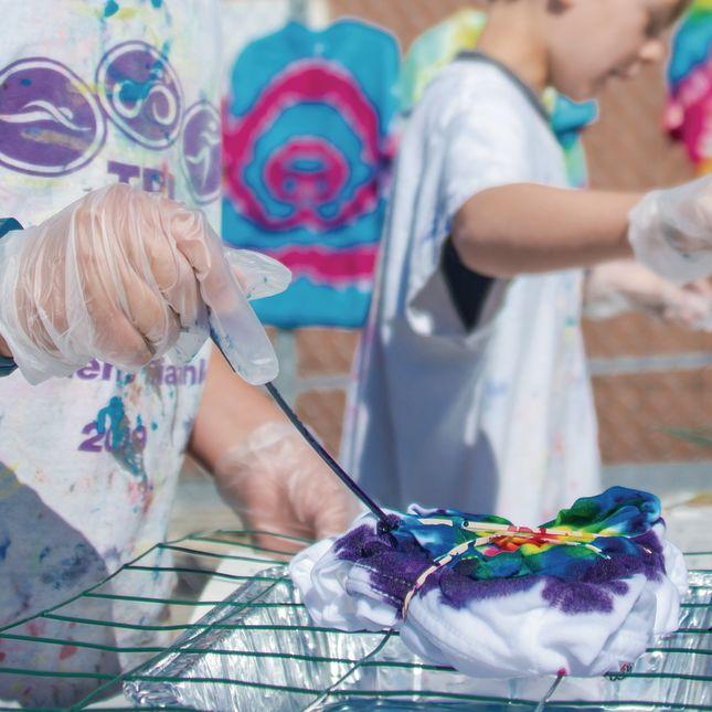 Tie-Dye Classroom Kit - 1 multi-item kit