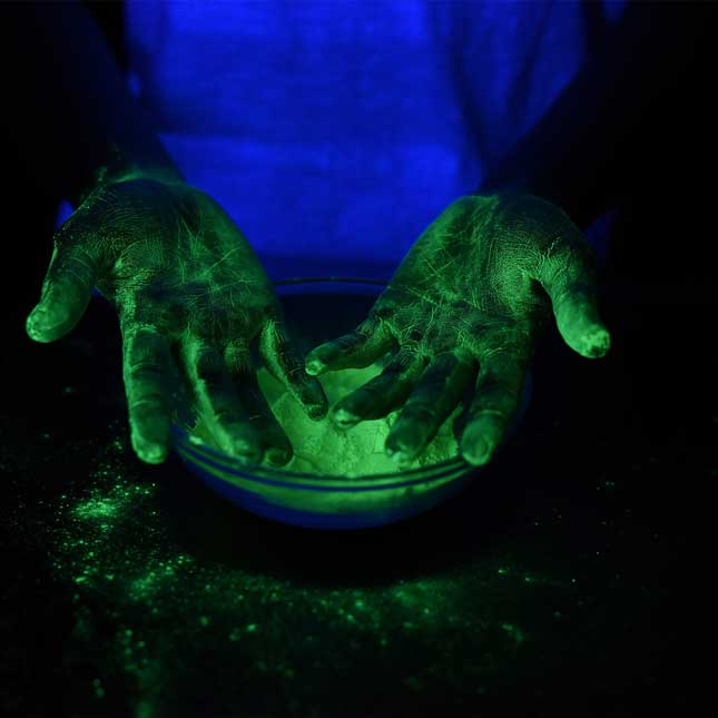 Glow Powder Kit and Black Light - 1 multi-item kit_5
